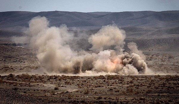 Tens of IRGC Ground Force units conducted security-offensive-destruction drills on the second day of their massive wargames in Southeastern Iran on Wednesday.