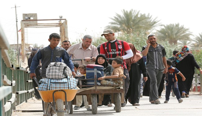800 Displaced Civilians Come back Home in West of Ramadi