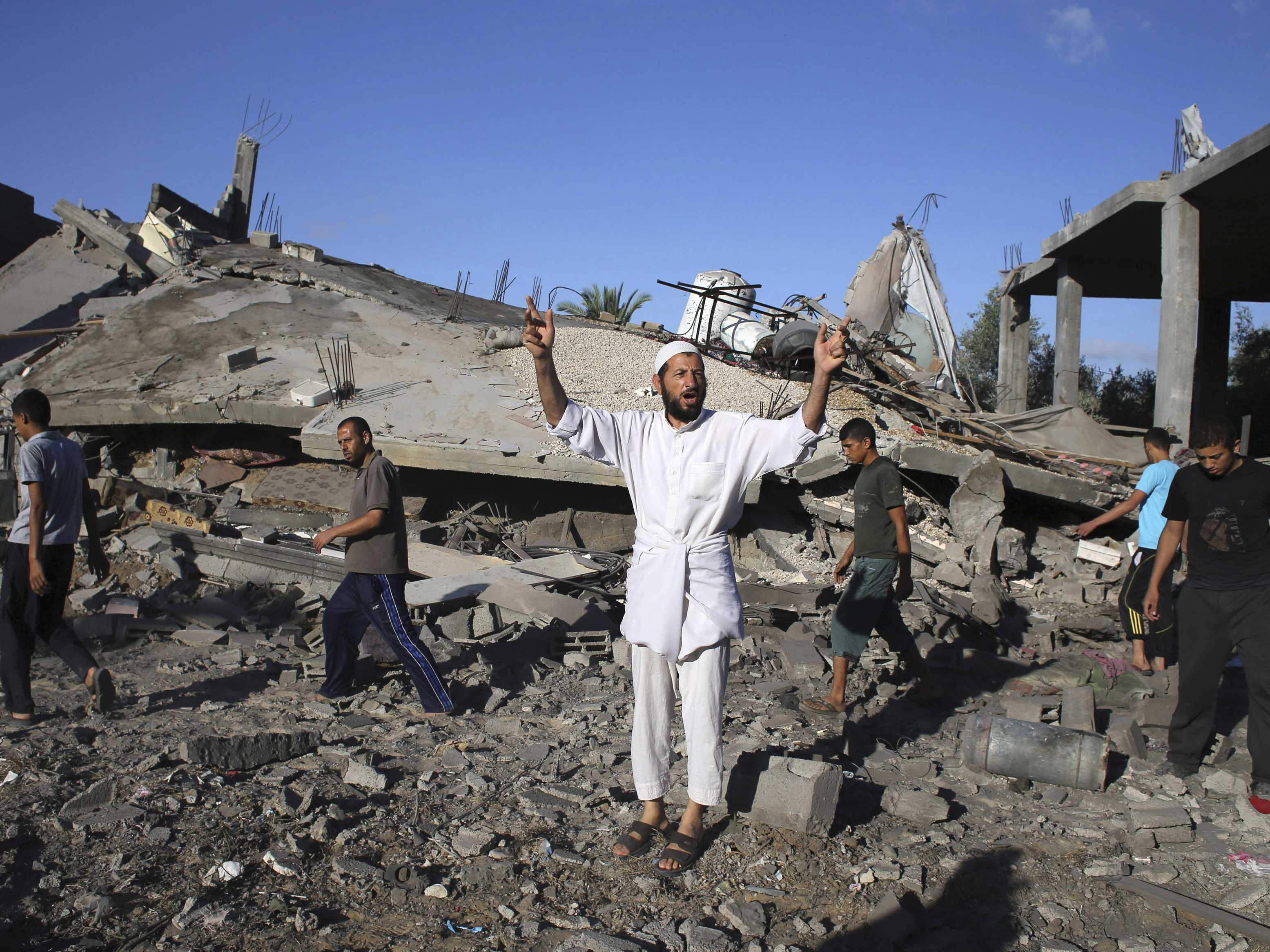 most-gaza-civilians-reject-hamas-policies-while-facing-israeli-bombs