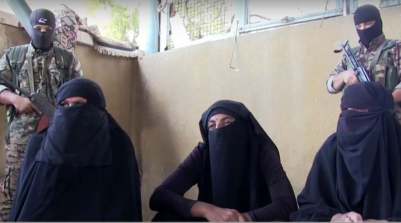 ISIL Terrorists in Women Disguise