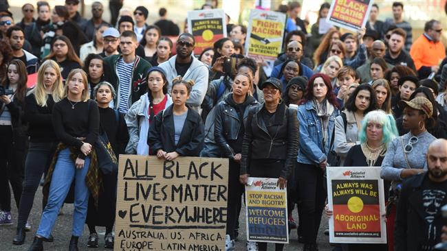 the black lives matter movements fight against racism and violence of the police Black lives matter movement matter of promoting violence against police without any evidence is stereotyping at its finest a black man allegedly.