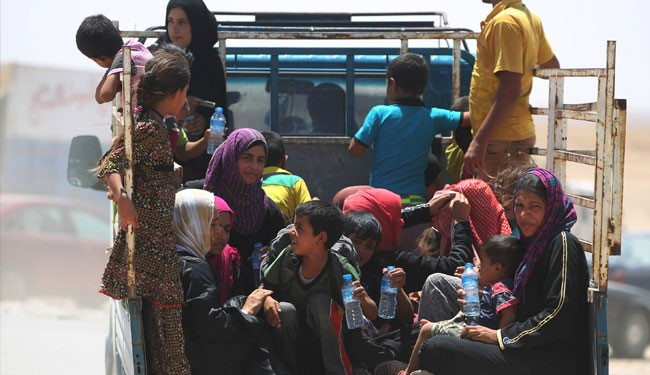 "800 Civilians Fleeing Daesh From South of Mosul, ""Mosul Will Liberate Soon"""