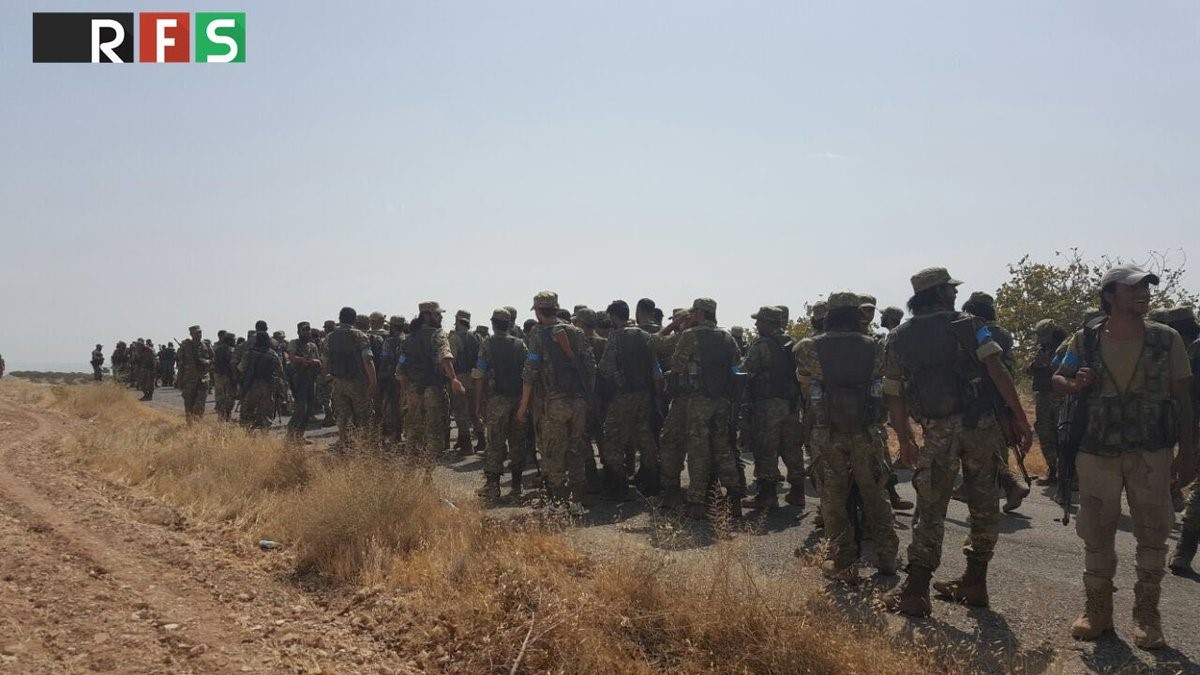 Photo Shows Syrian Rebels Free Syrian Army FSA Moving Towards Jarabulus from Qarqamesh position,Turkey.