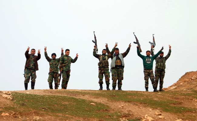 Syrian-troops-celebrate