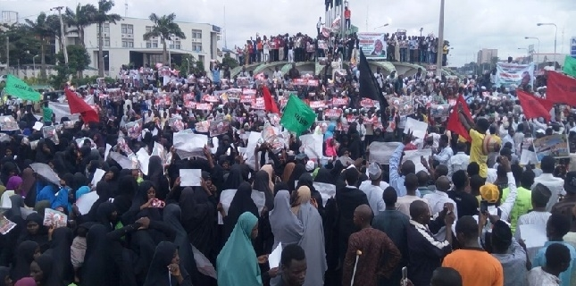 thousands-of-nigerians-protest-against-ongoing-detention-of-sheikh-zakzaky-our-leader-needs-proper-doctor24546_L