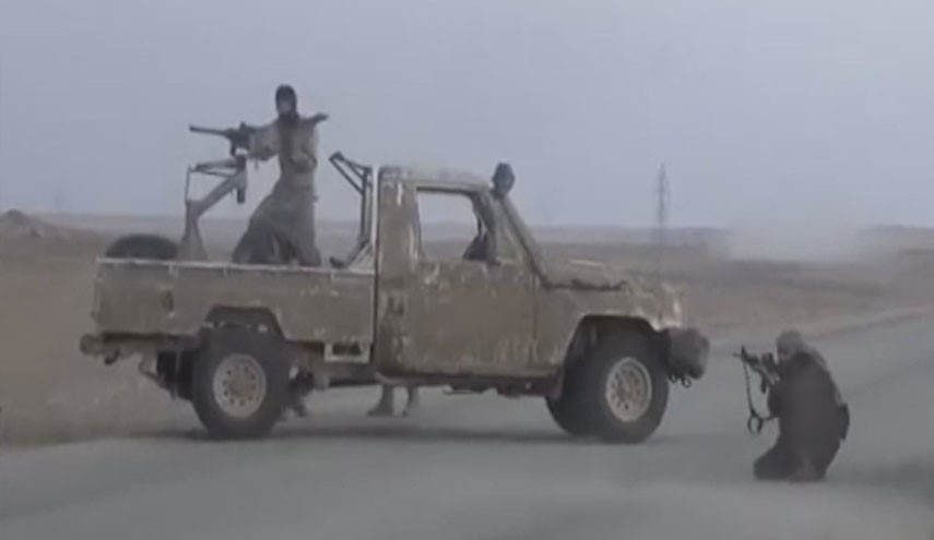 ISIS Attacks Rutba from 3 Axes and District's Mayor Demands Reinforcements