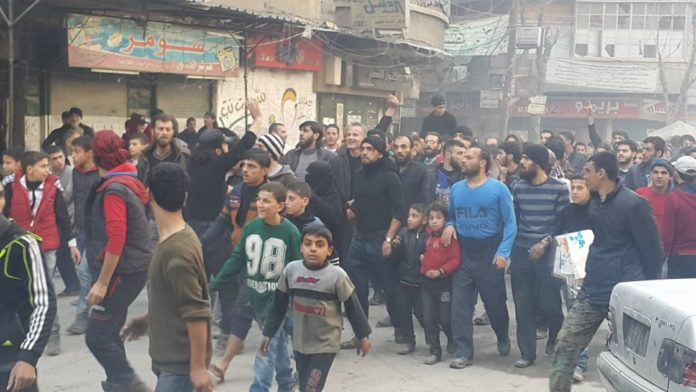 aleppo-protests-696x392