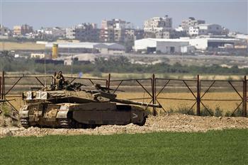 israeli-crossing