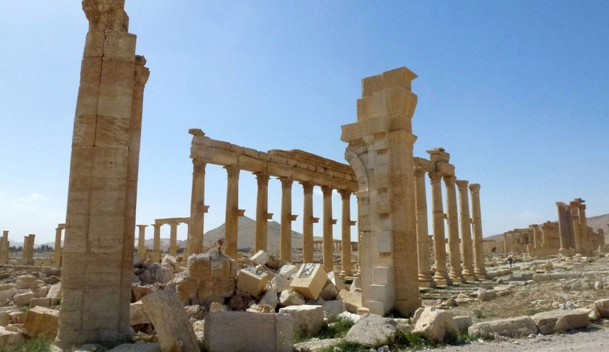 Russia Says US is Main Reason for Palmyra Fall on ISIS Hands
