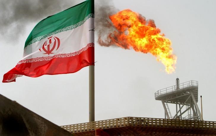 Global Ship Insurers To Resume near Full Coverage for Iran Oil: officials