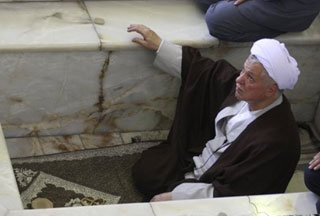 Photo of Rafsanjani sermon receives mixed reviews