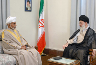 Photo of Leader urges unity among Persian Gulf states