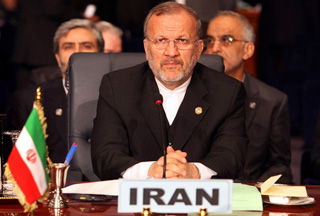 Photo of Iran's FM questions the importance of nukes