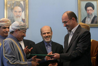 Photo of Iran, Oman discussing 'gas swap deal'