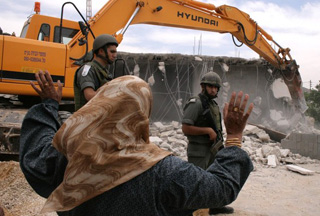 Photo of Israel demolishes more Palestinian homes