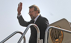 Photo of Larijani due in Baghdad soon