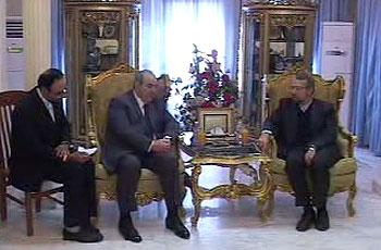 Photo of Larijani meets Alavi, urges vigilance in Iraq