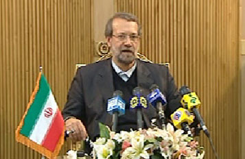 Photo of Larijani leaves Tehran for Baghdad
