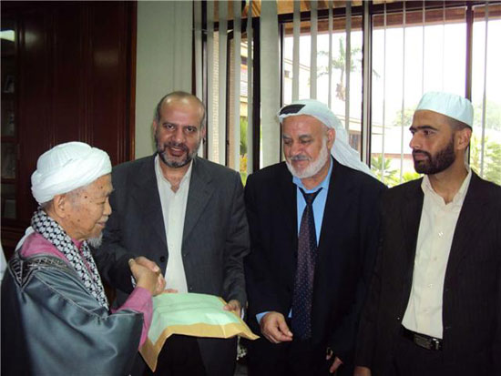 Photo of Hamas PLCs met heads of governments in Malaysia