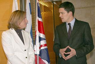 Photo of UK apologizes to Israel for Livni arrest warrant
