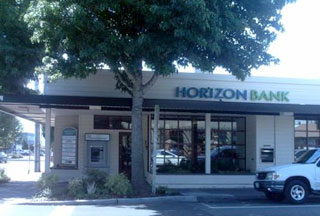 Photo of First US bank failure in 2010, Horizon Bank
