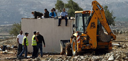 Photo of Settlers attack on Qarawat Bani Hassan