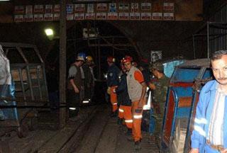 Photo of 17 killed in coal mine explosion in western Turkey