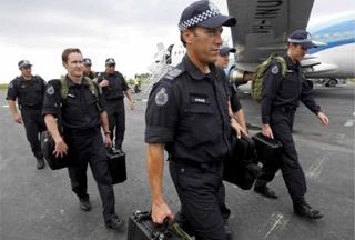 Photo of Australian police in Israel over Dubai terror