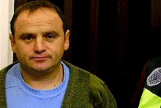 Photo of Man wanted for Bosnian war crimes nabbed in Spain