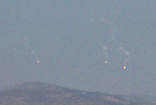 Photo of Israel fires flares over southern Lebanon