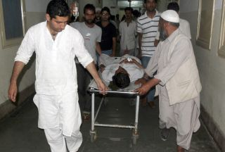 Photo of One dead, 13 injured in Kashmir clashes