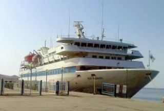 Photo of Israel renews threats against aid ships