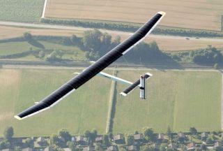 Photo of Solar plane takes first night flight