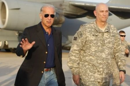 Photo of Biden in Iraq as US ends combat mission