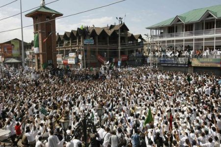 Photo of Massive anti-India rally held in Kashmir