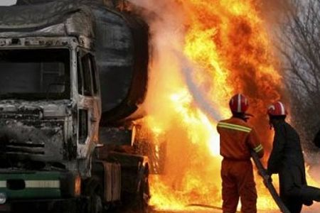 Photo of NATO containers set ablaze in Pakistan