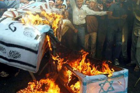 Photo of World resolute to annihilate Israel