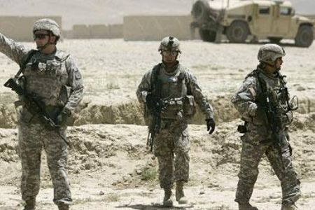 Photo of Obama aides divided on Afghan war