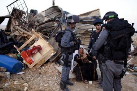Photo of Israel razes Bedouin homes in Negev