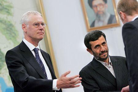 Photo of Iran urged to expel UK envoy