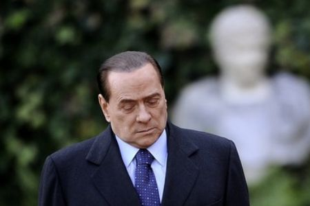 Photo of Half of Italians want Berlusconi out