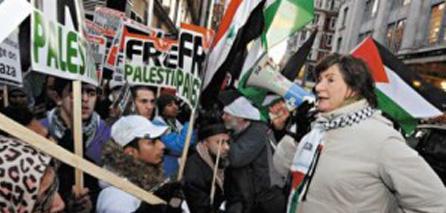 Photo of British peer endorses Hamas resistance