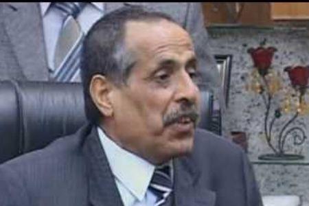 Photo of Iraqi governor escapes bomb attack