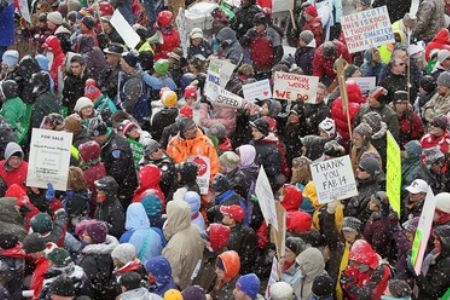 Photo of Protests continue in Wisconsin