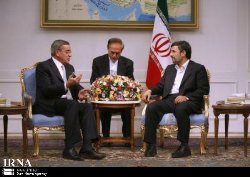 Photo of President of Islamic Republic of Iran:Independent states can thwart enemies plots