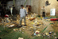 Photo of Saudi Arabian Tanks destroy Mosques in Bahrain