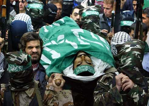 Photo of Israeli warplanes kill 3 Palestinians