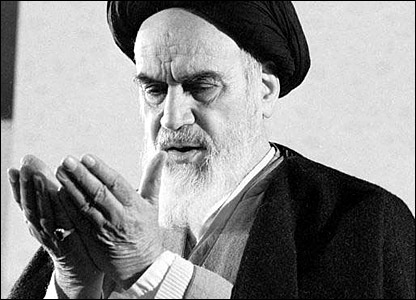 Photo of Imam Khomeini 'great will-power, immense charisma,' says US journalist