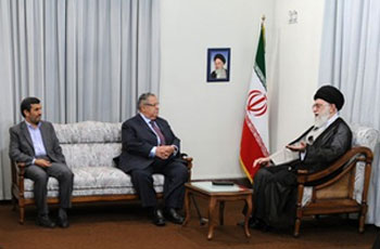 Photo of Leader of Islamic Ummah and Oppressed People Imam Sayyed Ali Khamenei:US presence, source of Iraqi problems