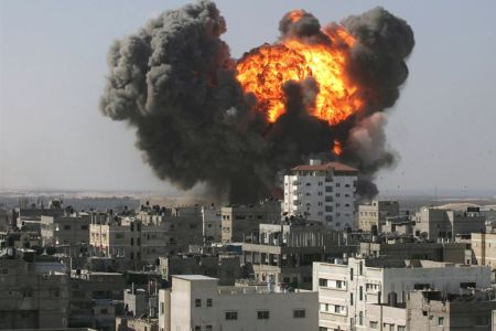 Photo of Zionist Israel wages multiple strikes on Gaza